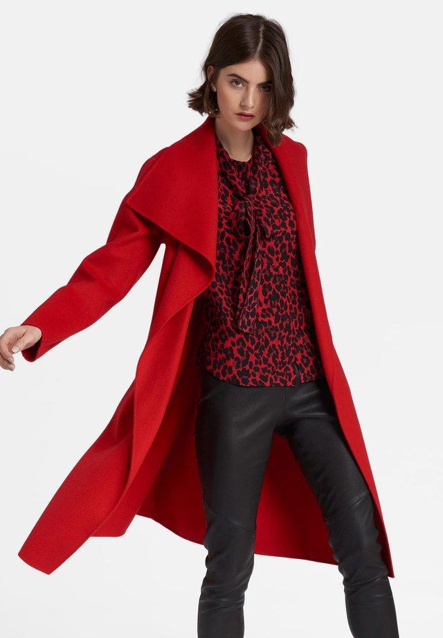 Frakker / klassisk frakker - red