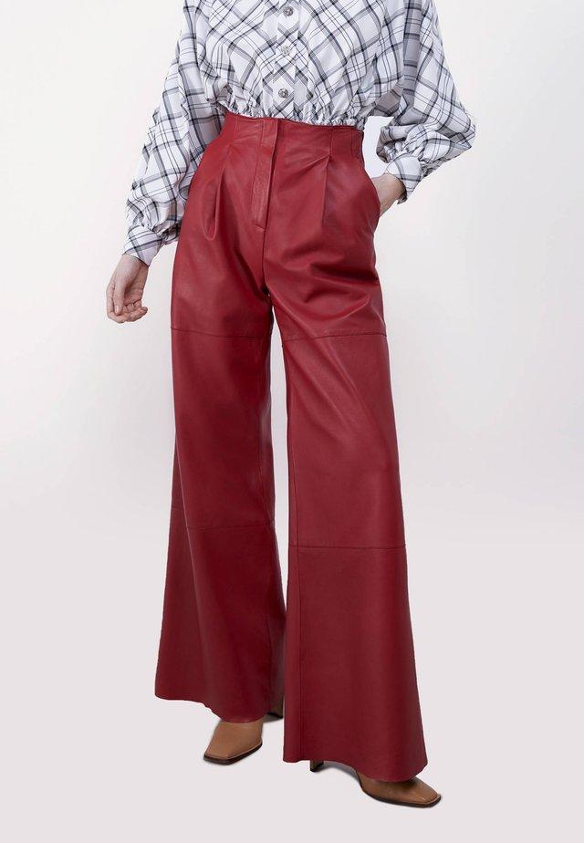 Spodnie skórzane - red