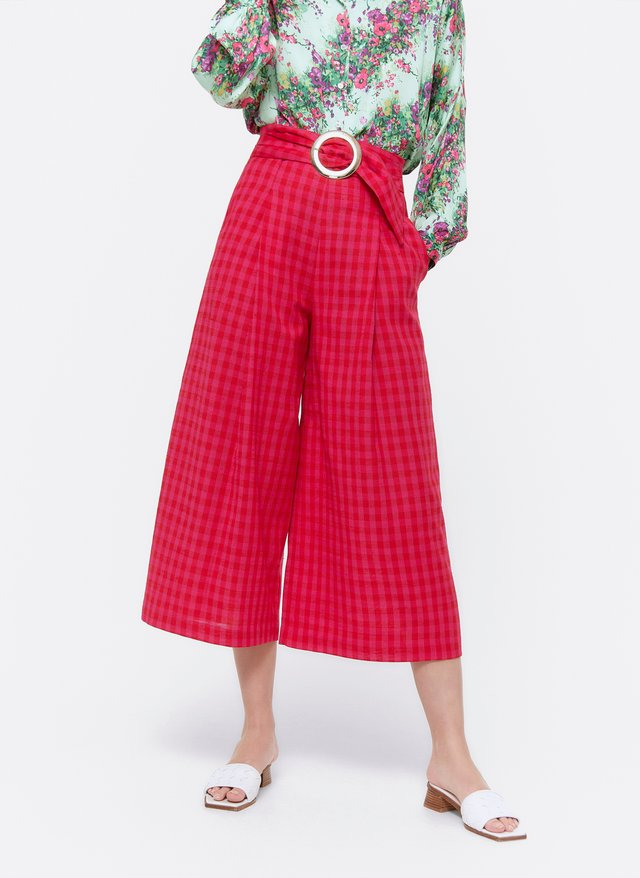 MIT SCHNALLE - Trousers - red