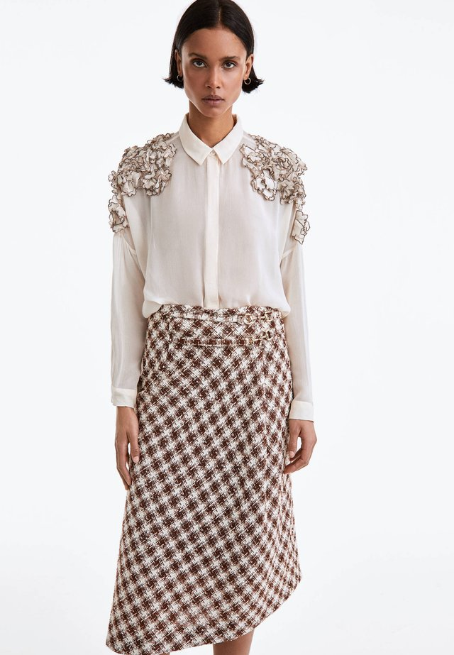MIT SCHNALLE  - A-line skirt - brown