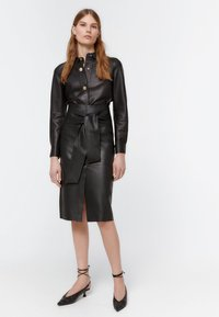 Uterqüe - Pencil skirt - black - 1