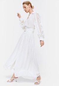 Uterqüe - ROCK  - A-line skirt - white - 3
