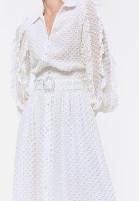 Uterqüe - ROCK  - A-line skirt - white - 4
