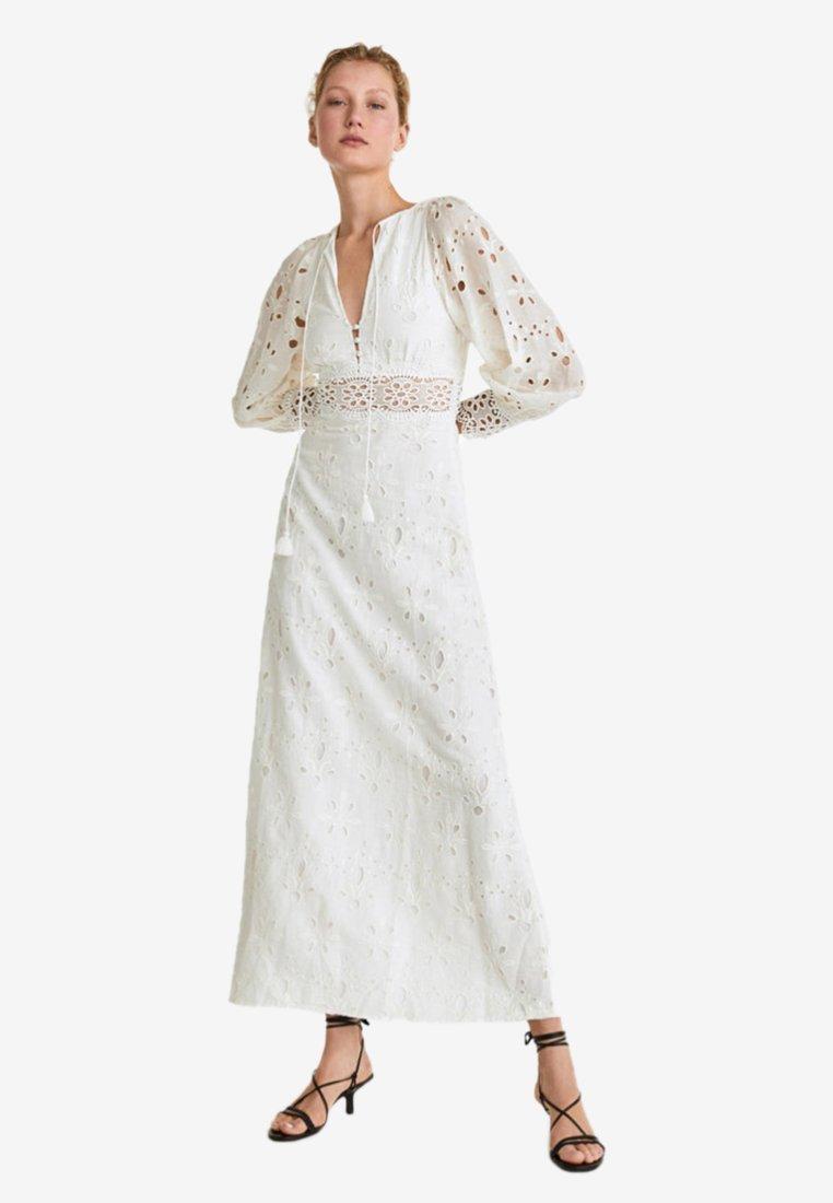 Uterqüe - Maxi dress − beige