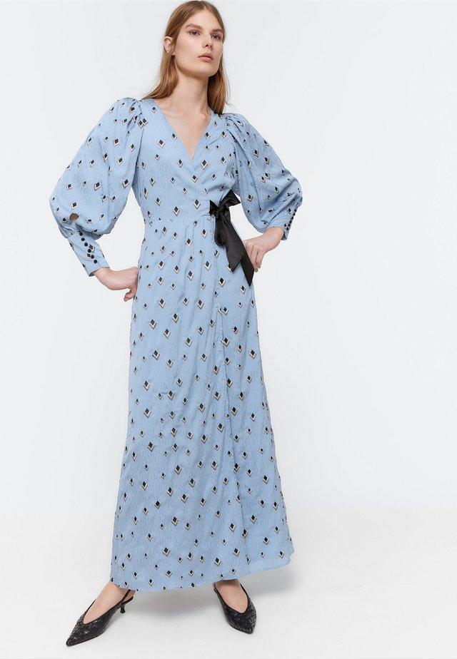 MIT SCHLEIFE - Długa sukienka - light blue