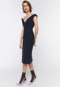 Uterqüe - Day dress - dark blue - 1