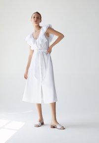 Uterqüe - Sukienka letnia - white - 1