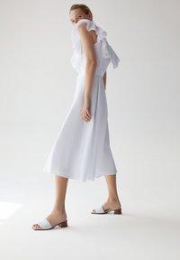 Uterqüe - Sukienka letnia - white - 4