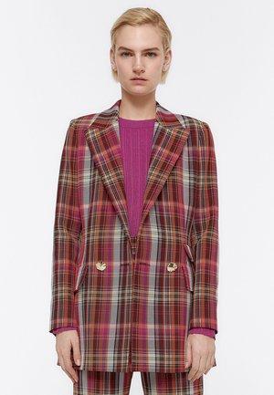 JACKE MIT BUNTEN KAROS 00508260 - Short coat - red