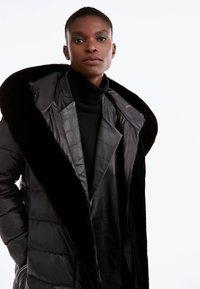 Uterqüe - Down coat - black - 4