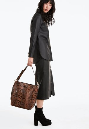 CITY - Handbag - brown