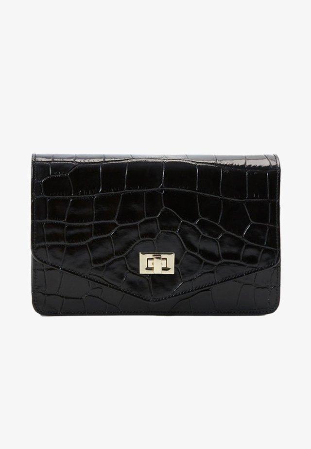01821709 - Across body bag - black