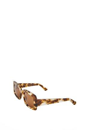 RECHTECKIGE BRILLE MIT ANIMAL-PRINT 03318850 - Aurinkolasit - brown