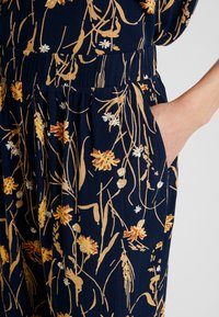 Vila - VIALETA PANTS - Trousers - navy blazer/golden - 4