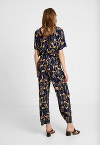 Vila - VIALETA PANTS - Trousers - navy blazer/golden - 2