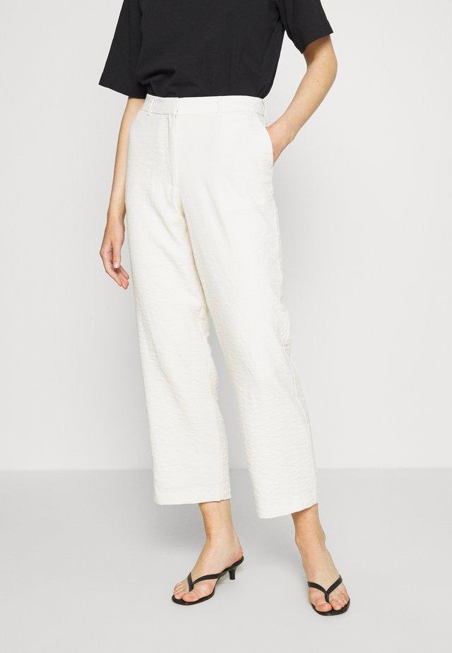 VILINEA PANTS - Trousers - birch