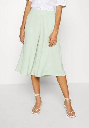VIMONNA CROPPED - Broek - cameo green