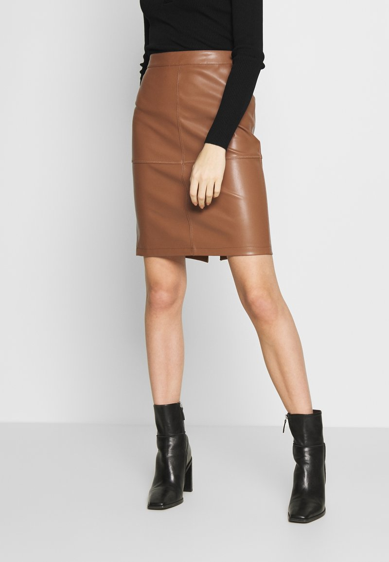 Vila - VIPEN NEW SKIRT - Jupe crayon - brown