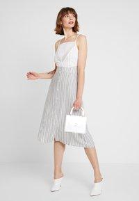 Vila - A-line skirt - navy blazer/cloud dancer - 2