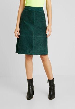 A-line skirt - pine grove