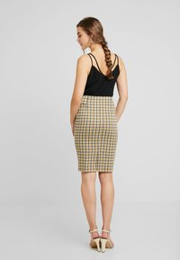Vila - VIDIGAN PENCIL SKIRT - Pencil skirt - golden rod - 2