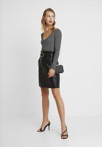 Vila - VITALINA SKIRT - Pencil skirt - black - 1