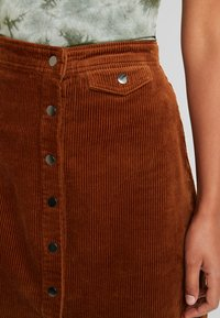 Vila - Mini skirt - toffee - 4