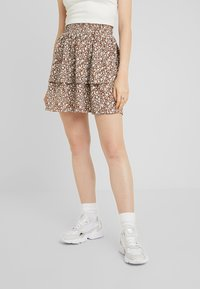 Vila - Mini skirt - caramel café/white/blue - 0