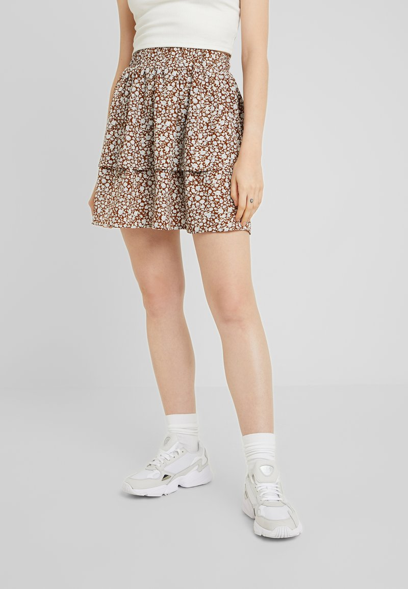 Vila - Mini skirt - caramel café/white/blue