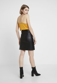 Vila - Pencil skirt - black - 2