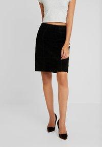 Vila - Mini skirt - black - 0