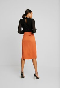 Vila - Pencil skirt - autumn leaf - 2