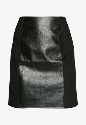 VIALFIE SHORT SKIRT - Minirok - black