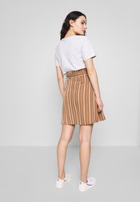 Vila - VIFANTASTIC SKIRT - A-linjainen hame - rawhide/cloud dancer - 2