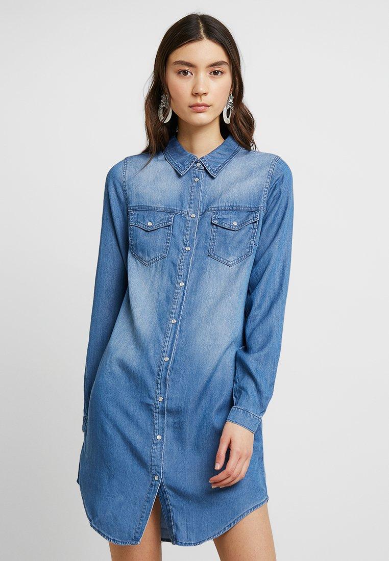 Vila - VIBISTA DRESS - Denim dress - medium blue denim