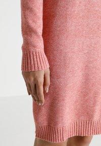 Vila - VIRIL DRESS - Pletené šaty - brandied apricot/melange - 5