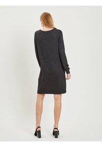 Vila - Stickad klänning - dark grey melange - 2