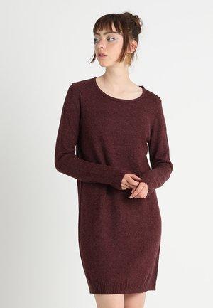 Strikket kjole - winetasting/melange