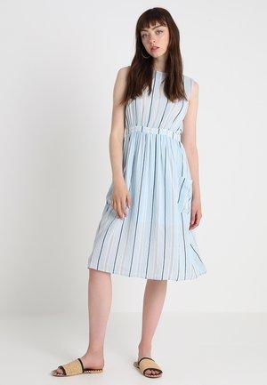 VISOLERTO DRESS - Freizeitkleid - cashmere blue