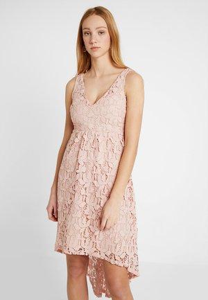 VIKELLIE DRESS - Koktejlové šaty/ šaty na párty - rose smoke