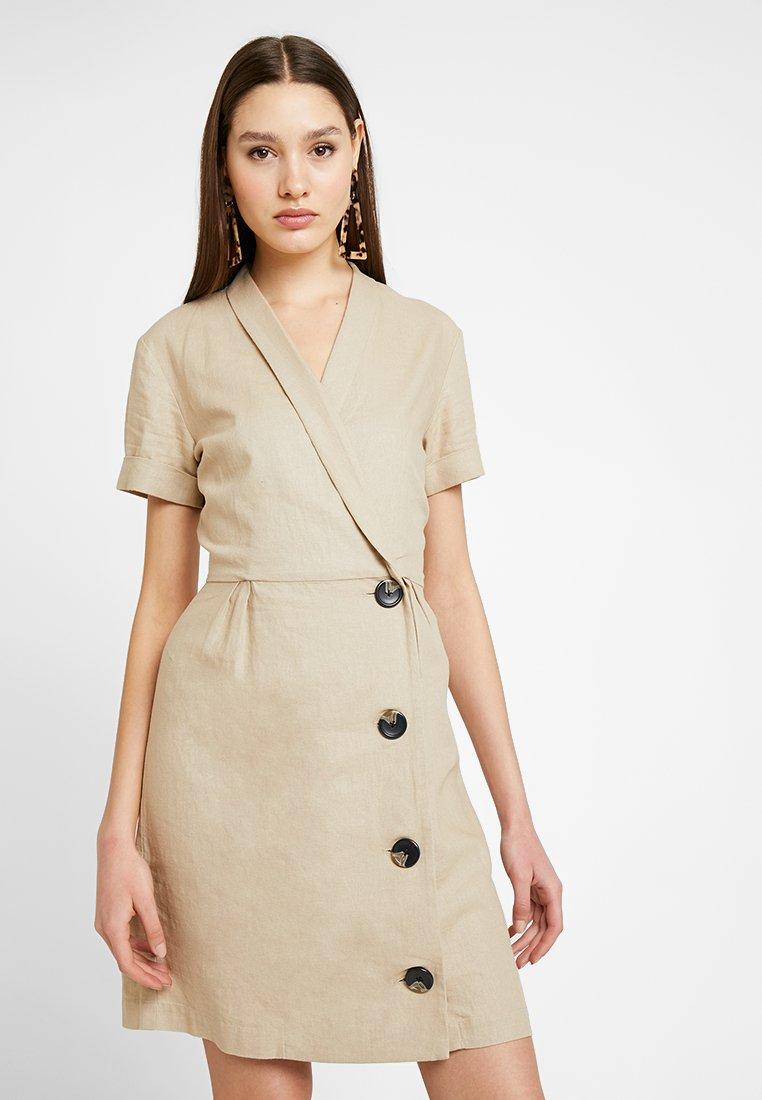 Vila - VISEMAH DRESS - Sukienka koszulowa - soft camel