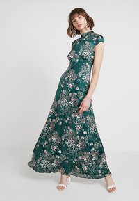 Vila - VIGILLAS CAP SLEEVE DRESS - Maxi dress - garden topiary - 1