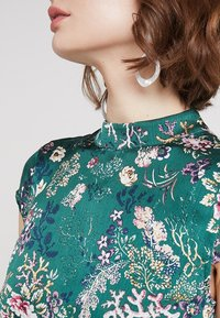 Vila - VIGILLAS CAP SLEEVE DRESS - Maxi dress - garden topiary - 5