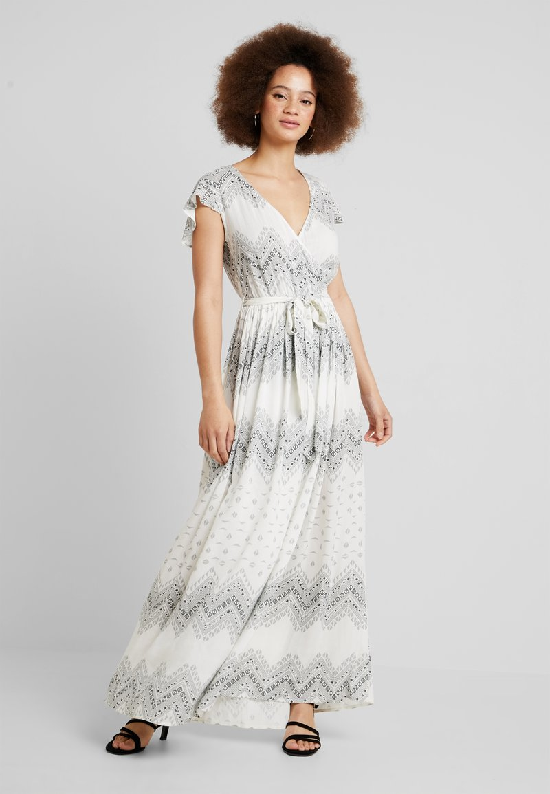 Vila - VICAMIL DRESS - Maxikleid - cloud dancer/grey print