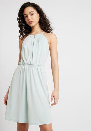 VITAINI SHORT DRESS - Žerzejové šaty - blue haze