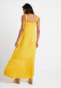 Vila - VICADDY ANKEL DRESS - Maxi šaty - golden rod - 2