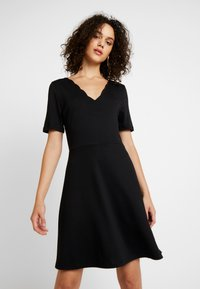 Vila - VIRYLIE DRESS - Jerseykjole - black - 0
