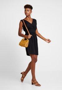 Vila - VIWILMA WAIST DETAIL DRESS/ZA - Korte jurk - black - 2