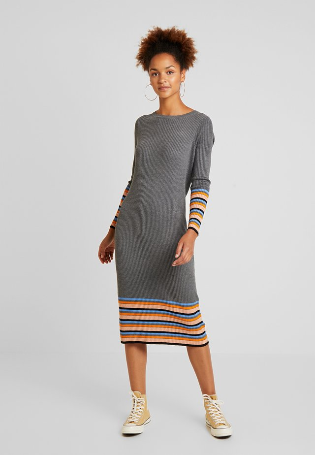 VIHELENI STRIPE DRESS - Gebreide jurk - medium grey melange/ultramarine