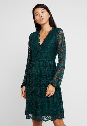 Sukienka letnia - ponderosa pine